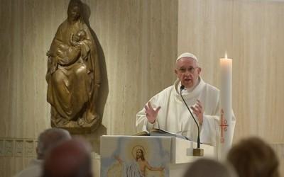 Popiežius: Nesipriešinkime Šventosios Dvasios staigmenoms