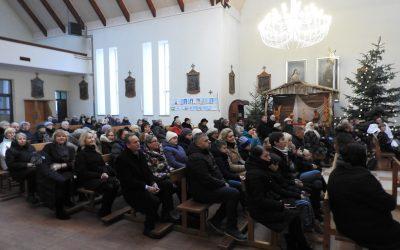 Trijų karalių dieną Ignalinoje naujo pastato duris duris atvėrė Carito centras
